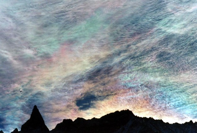 Iridescent-Clouds-Over-Aiguille-de-la-Tsa