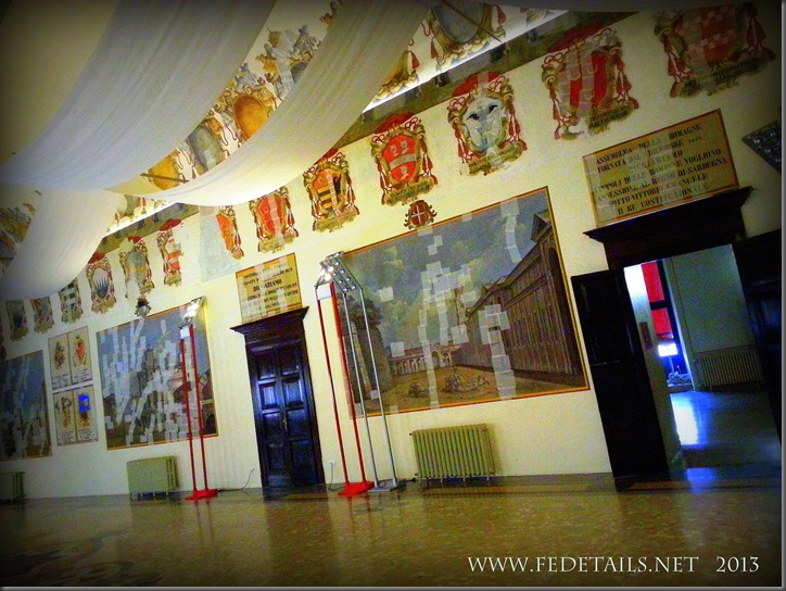Dentro al Castello Estense, La sala degli Stemmi, Foto2, Ferrara, EmiliaRomagna,Italia - Inside the Estense Castle, The Hall Coat of Arms, Photo2, Ferrara, EmiliaRomagna, Italy - Property and Copyrights of FEdetails.net