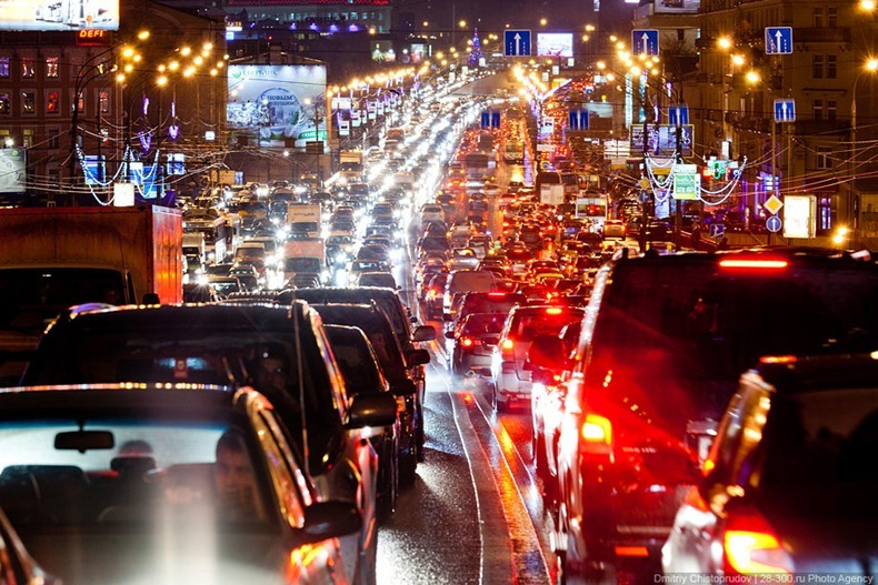 moscow-traffic-jam-15