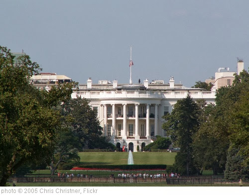 'White House' photo (c) 2005, Chris Christner - license: http://creativecommons.org/licenses/by-sa/2.0/