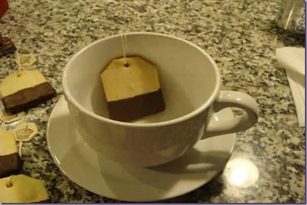 Xícara-Saquinho-Chá-Biscoito-Chocolate