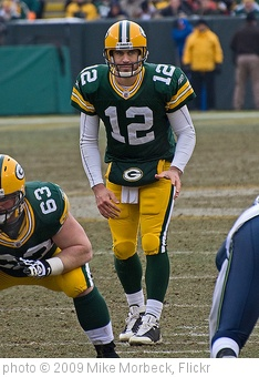'Aaron Rodgers' photo (c) 2009, Mike Morbeck - license: http://creativecommons.org/licenses/by-sa/2.0/
