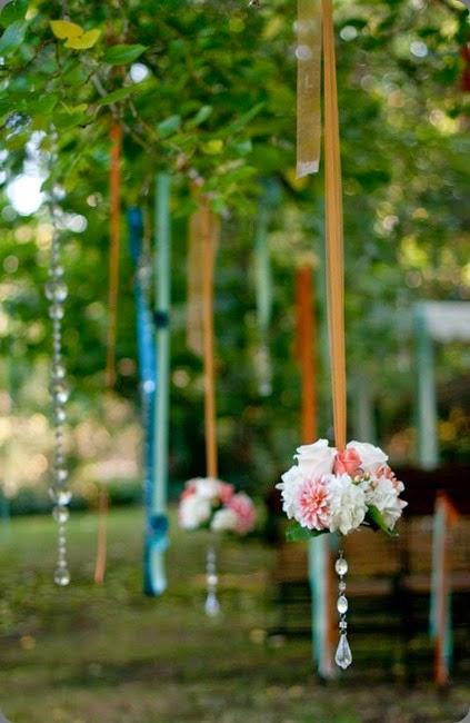 hanging flowers sasha souza 1472957_10152523271356165_440603832_n