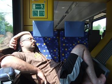 dormitando en el trén Györ-Budapest