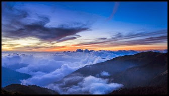 17662__blanket-of-clouds-on-mountains-at-sunset_p