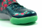 lebrons soldier7 power couple 30 web white The Showcase: Nike Zoom Soldier VII Power Couple (GitD)
