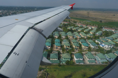 Am aterizat in Myanmar