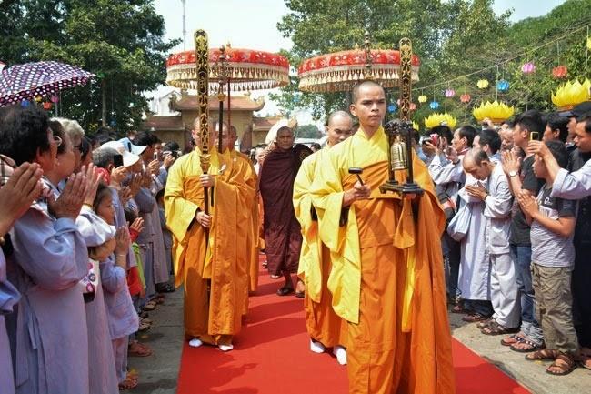 tam-tang-phap-su-thuyet-phap-chua-Hoang-Phap (6)