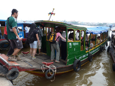 Tur cu barca in Delta Mekongului