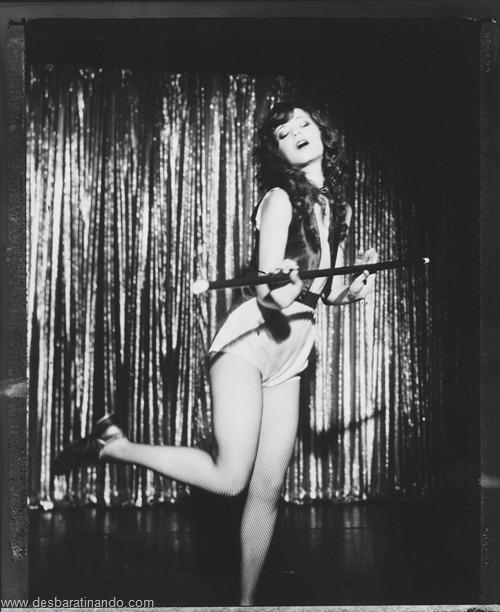 Zooey Deschanel linda sensual sexy sedutora desbaratinando (95)