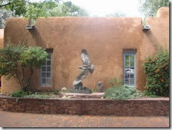 santa fe house and statue