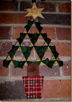 Folded Star Xmas tree L Lloyd