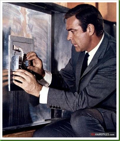 sean-connery-opening-safe-classic-clean-cut-hairstyle