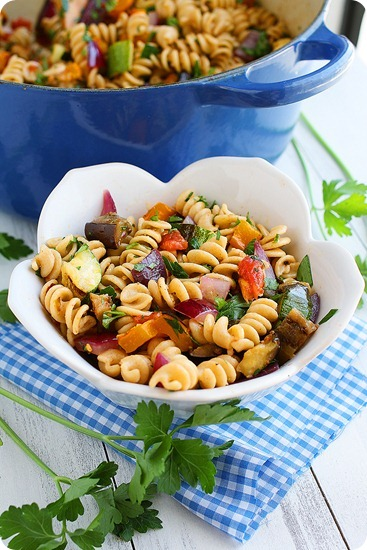 Grilled Ratatouille Pasta – So colorful and full of flavorful zucchini, bell peppers, tomatoes and eggplant! | thecomfortofcooking.com