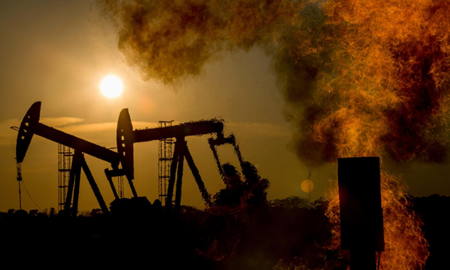 An oil field in North Dakota, US. Photo: Les Stone / Corbis
