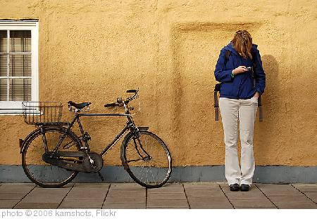 'Texting' photo (c) 2006, kamshots - license: http://creativecommons.org/licenses/by/2.0/