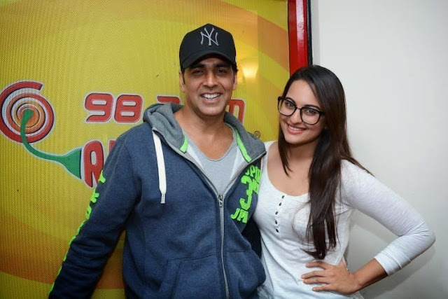 Akshay And Sonakshi Promote 'Holiday'