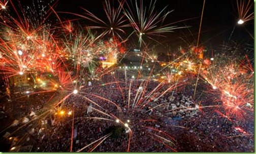 Fireworks-over-Tahrir-Squ-010