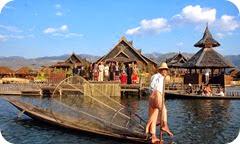 honeymoon in Inle lake