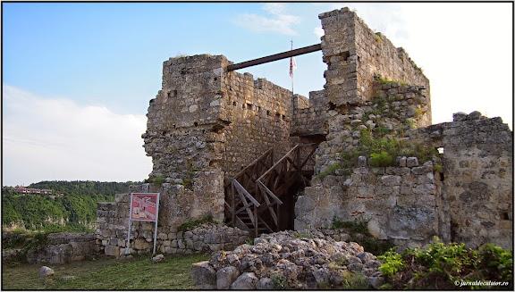 Turnul Cetatii Medievale Cherven