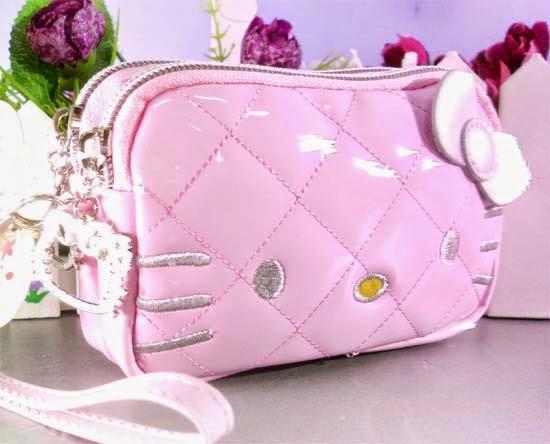 bolsinha-necessaire-maquiagem-hello-kitty-i-love-pink-7.jpg