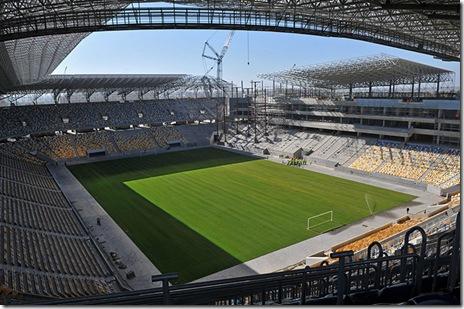 stadionul nou Lvov-euro 2012