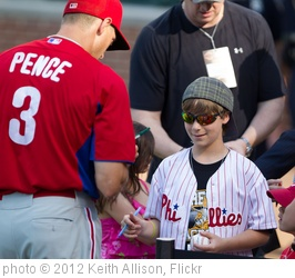 'Hunter Pence autograph' photo (c) 2012, Keith Allison - license: http://creativecommons.org/licenses/by-sa/2.0/