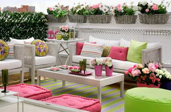 small-terrace-and-large-balcony-decor-ideas1