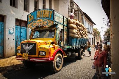 Camion cu mirodenii in Kochi