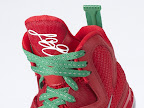 nike lebron 9 gr christmas 8 06 Throwback Thursday: Look Back at LBJs 2011 Christmas Shoes