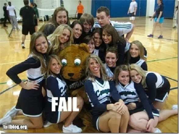 mascots-creepy-wrong-15