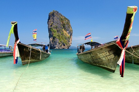 railay-beach-phranang-longtail-krabi-thailand