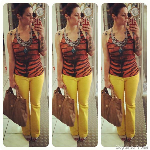 look calça amarela e regata animal print bolsa nude