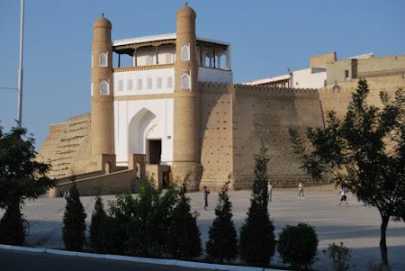 Imagini Uzbekistan: Bukhara - Fortareata Ark