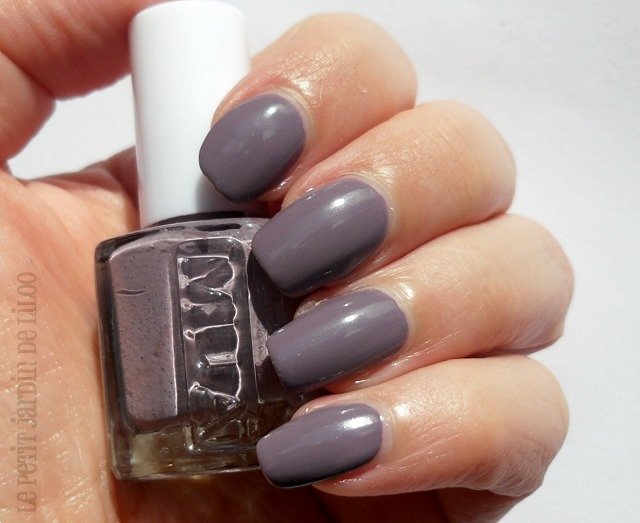 004-mua-moody-mink-nail-polish-review-swatch