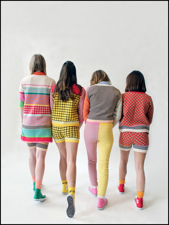 10_girls05.jpgALLKNITWEAR