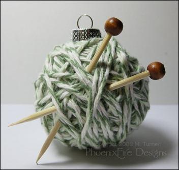 yarnball-ornament