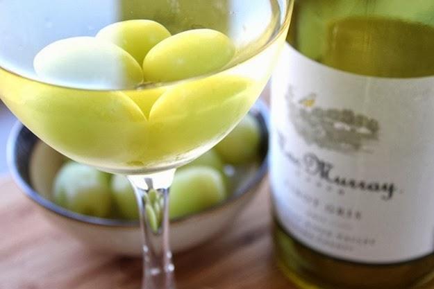 gelar vinho com uvas