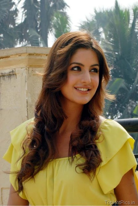 Katrina Kaif Sweet Photos in Short Yellow Dress 2