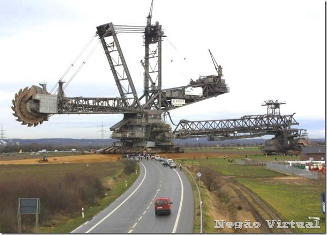 biggest_construction_vehicles_3