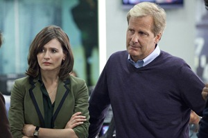 THE-NEWSROOM-Emily-Mortimer-Jeff-Daniels