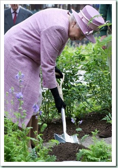 queen gardening in hat