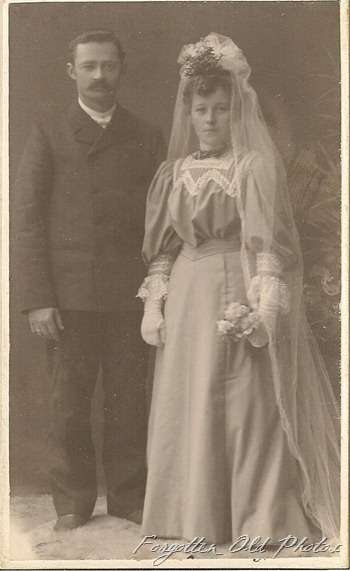 CdV Wedding  Pastel drees DL Antiques