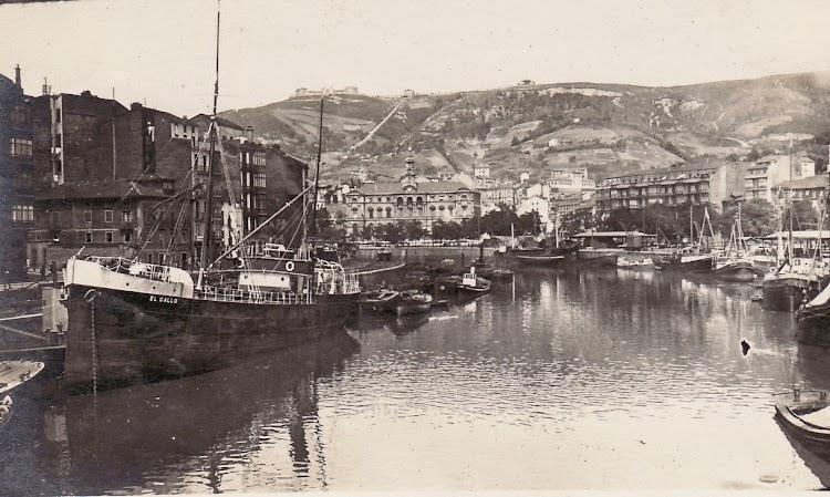 Vapor EL GALLO ya transformado en carguero. Bilbao. Año indeterminado. Foto de la web de Antonio Cardiel.jpg