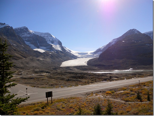 Icefield Center Athabasca Glacier