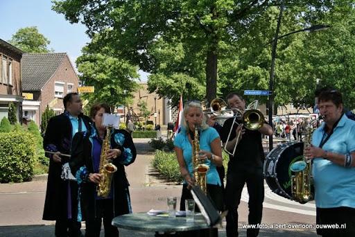 zomermarkt-joekskapellenfestival overloon 29-05-2011 (12).JPG