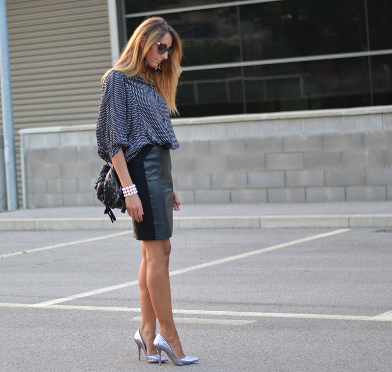 Jolie Moi, H&M, H&M skirt, Zara Shoes, Zara Glitter Shoes, Glitter Shoes, Primark, Primark Earrings, Ziba Bracelet, fashion Blogger, Italian Fashion Blogger, Street Style, Best Fashion Blogger