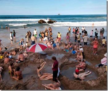 201202-w-unusual-beaches-hot-water-beach