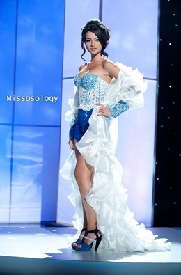miss-uni-2011-costumes-46