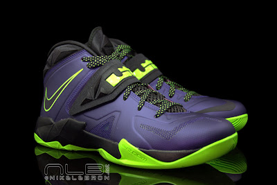 lebrons soldier7 purple volt 41 web black The Showcase: Nike Zoom LeBron Soldier VII JOKER